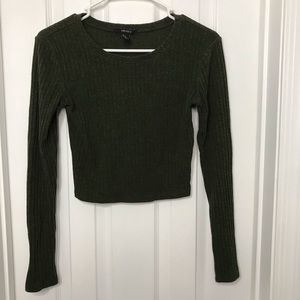 Forever 21 Green Cropped Long Sleeve Shirt
